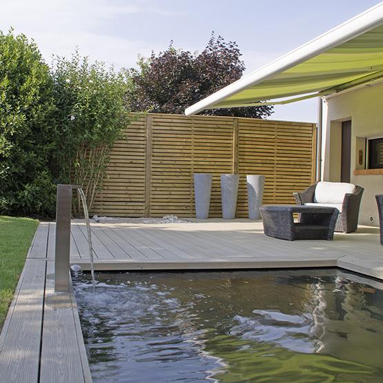 bassin poisson ou naturel de jardin les jardins de la vall e. Black Bedroom Furniture Sets. Home Design Ideas