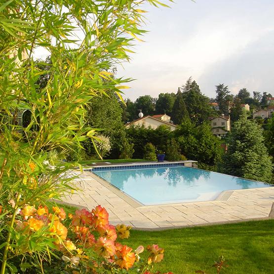 am nagement piscine en ext rieur les jardins de la vall e. Black Bedroom Furniture Sets. Home Design Ideas